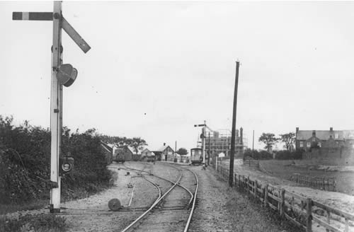 Southwold Station in 1900 - Station Hotel under construction